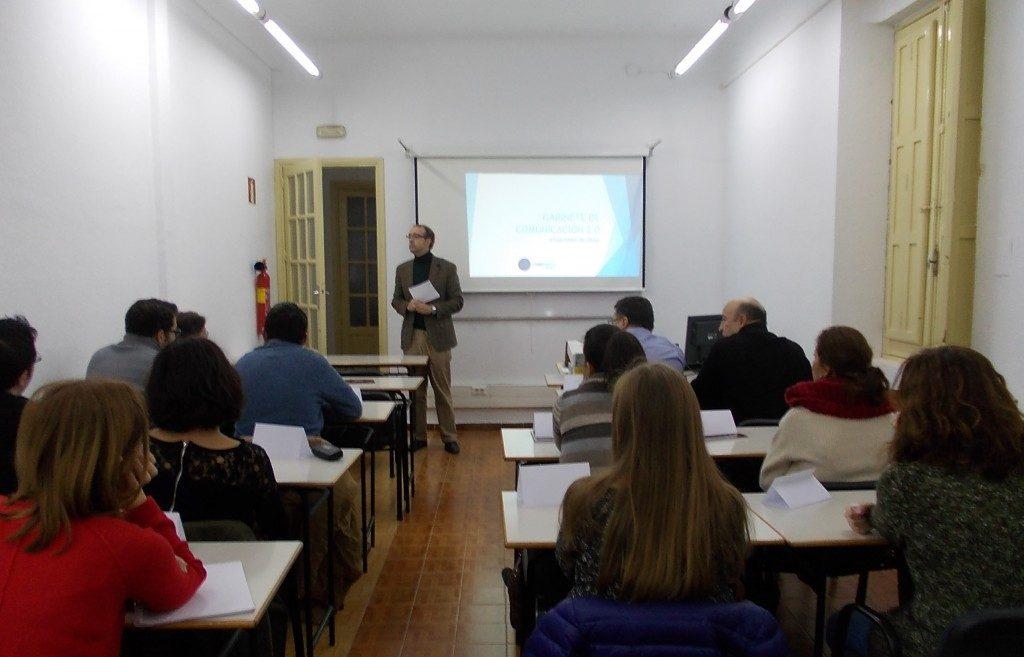 Periodistas de Albacete aprenden sobre Gabinetes de Comunicación y sus oportunidades laborales