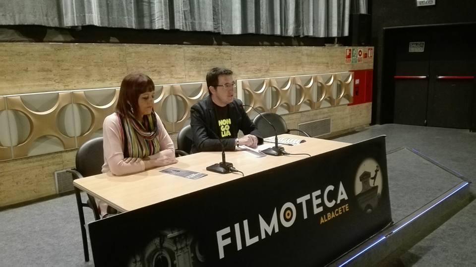 """II ciclo """"Periodismo en el cine"""""""
