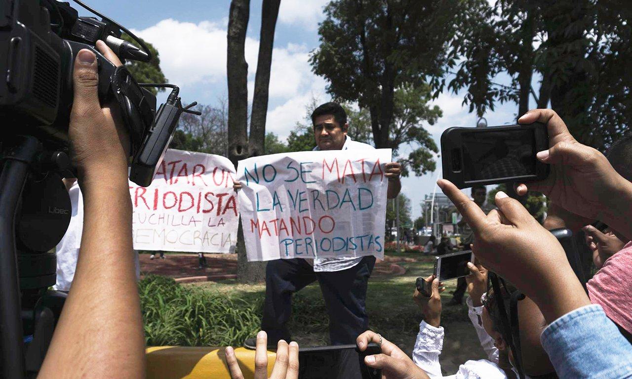 Periodistas mexicanos protestan por el asesinato de su colega, Miroslava Breach. H. Guerrero Getty