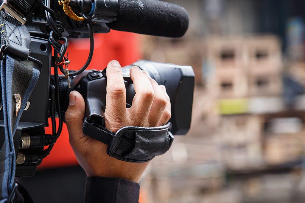 La FAPE traslada a los candidatos las reivindicaciones de los periodistas