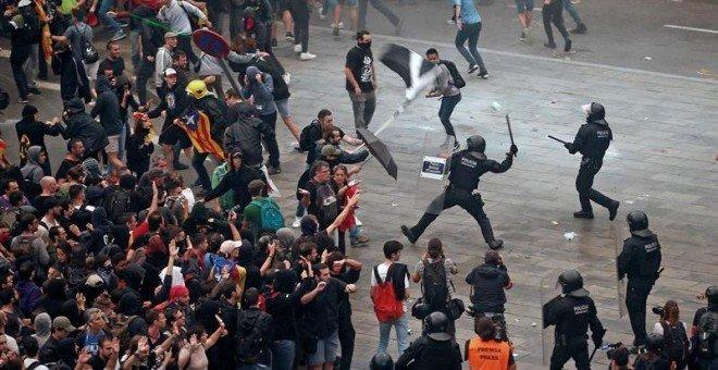 La PDLI pide explicaciones a Interior y a los Mossos por las agresiones a periodistas