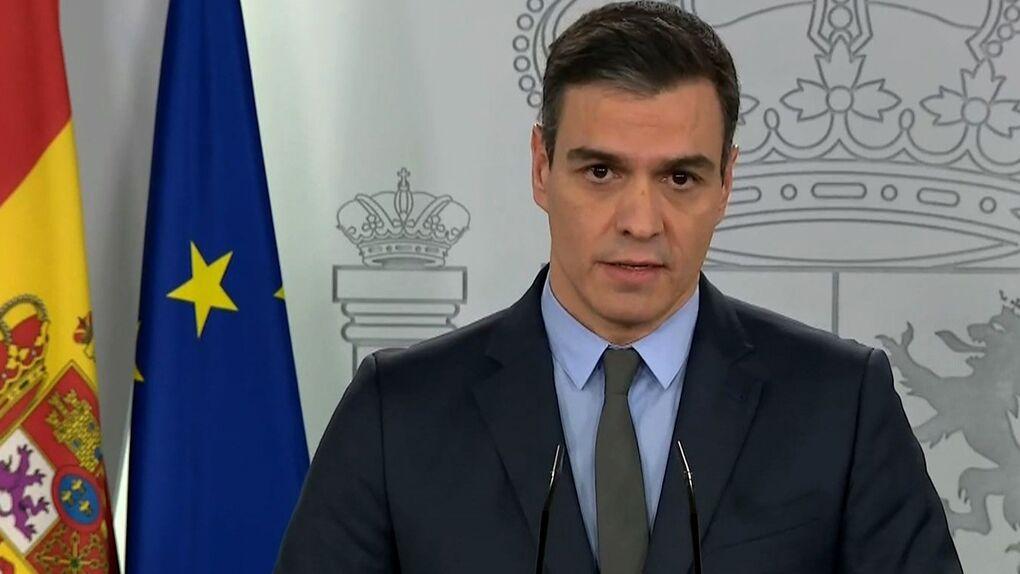Decenas de periodistas españoles protestan contra el Gobierno por sus ruedas de prensa selectivas
