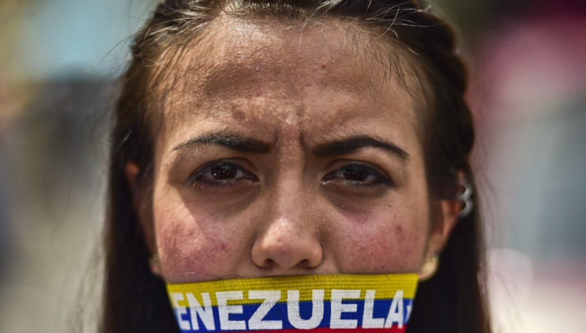Más de 50 detenciones de periodistas en seis meses en Venezuela, según gremio