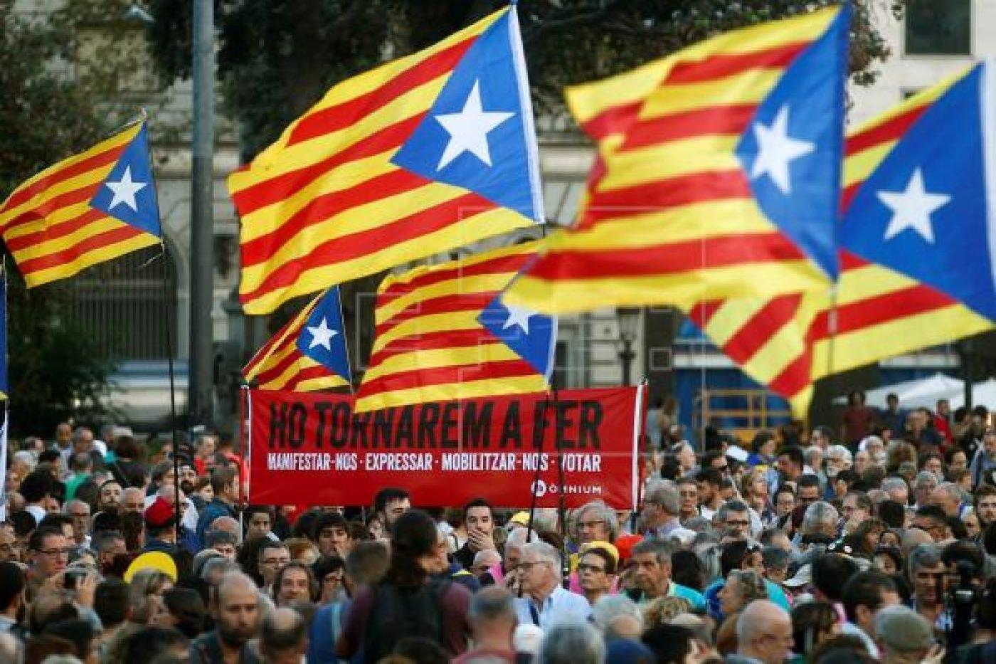 La FAPE cree que agredir a periodistas hace un flaco favor al independentismo